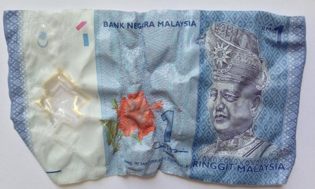 Malaysia Going Cashless: Hitting Two Birds With One Initiative